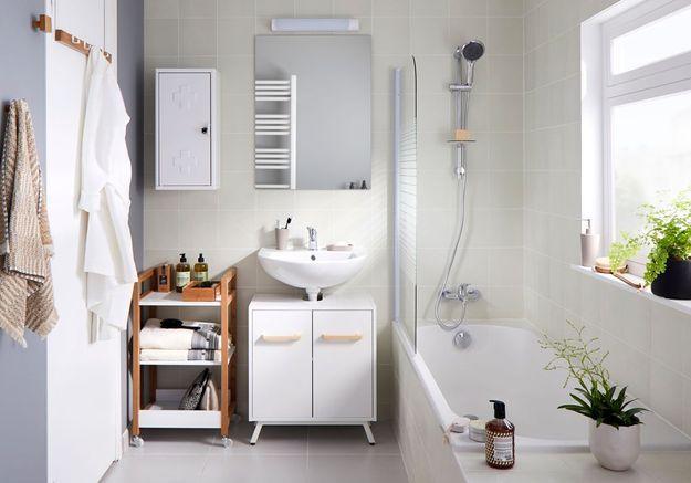 Une salle de bains Castorama qui mixe meubles fixes et mobiles