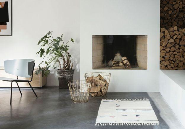 Décorer sa cheminée en installant un tapis dans sa direction
