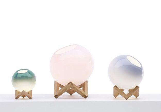 Lampe en verre avec socle
