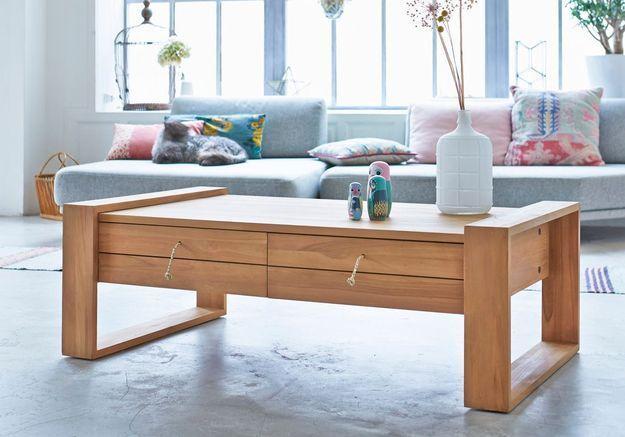 Table basse en bois avec tiroirs