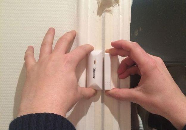 Poser les détecteurs d'ouverture de l'alarme (2)