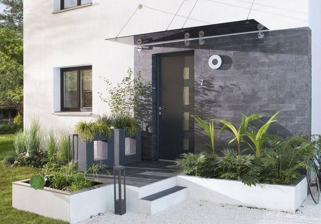 Bichonner son entrée extérieure en misant sur un aménagement contemporain