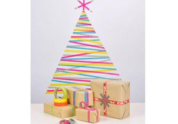 Créer son sapin de Noël au mur