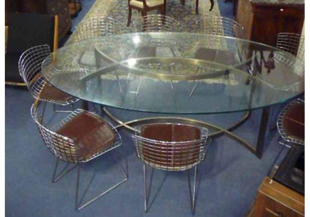 nos conseils pour acheter des meubles aux ench res elle d coration. Black Bedroom Furniture Sets. Home Design Ideas