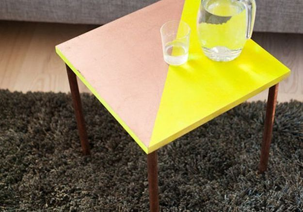 La table en cuivre version pop art