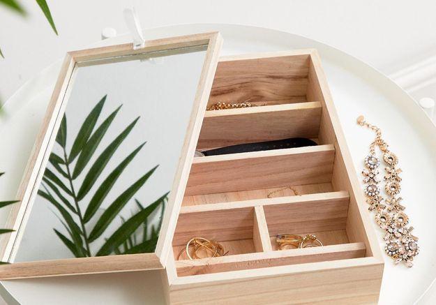 Une boîte à bijoux Asos