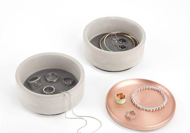 Une boîte à bijoux Umbra