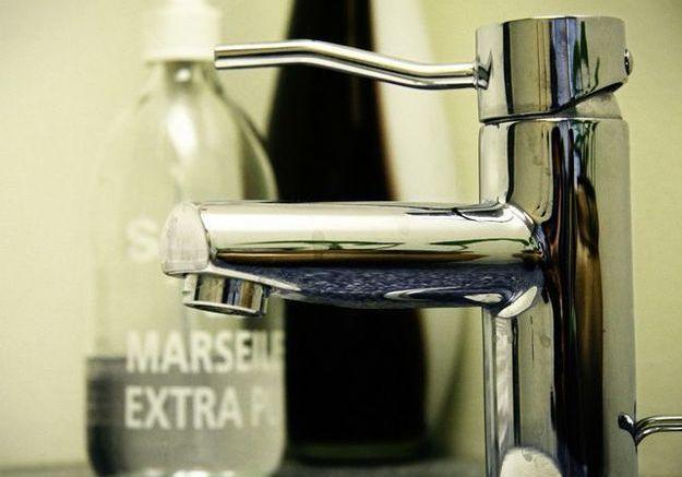 Retirer l'ancien robinet