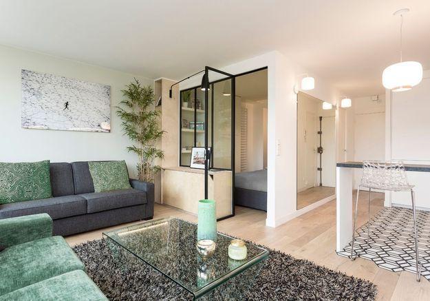 Après #12 : le même studio moderne avec chambre