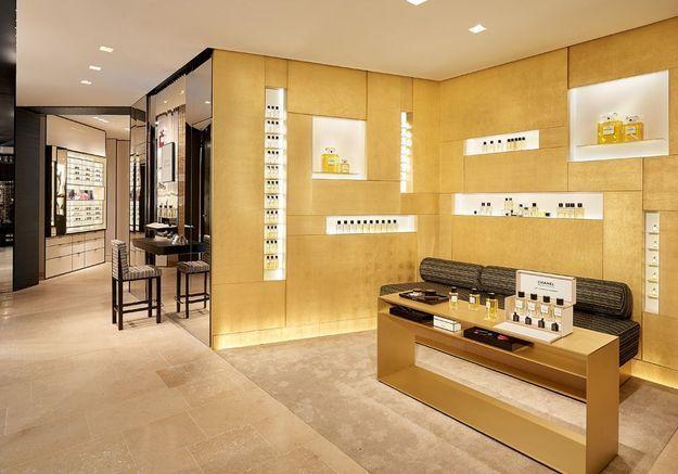 L'espace consacré aux parfums et à la beauté