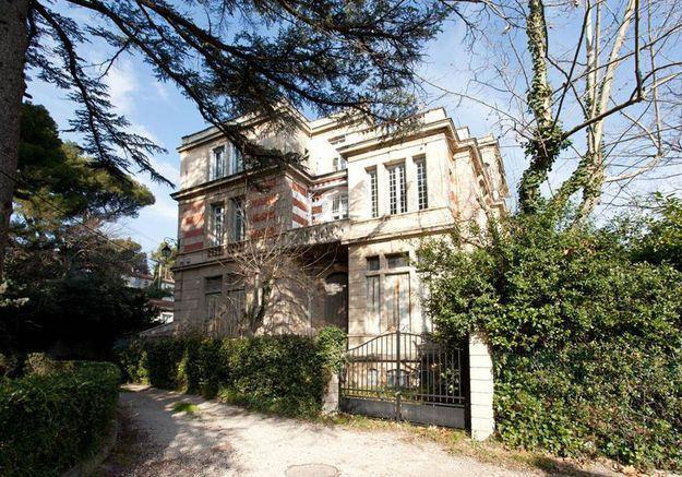 Appartement dans un château à Avignon
