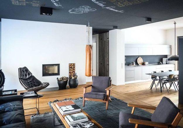 Appartement au plafond ardoise à Berlin
