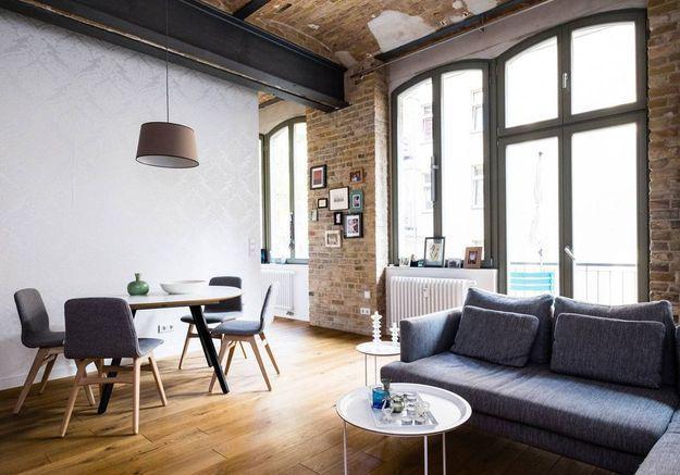 Loft moderne avec petit balcon à Berlin