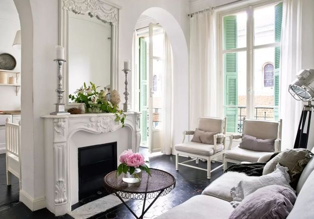 Appartement blanc à Nice