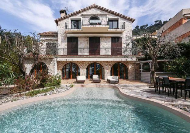 Villa de rêve avec vue imprenable sur la mer à Nice
