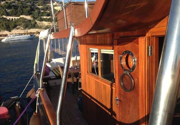 Yatch avec terrasse panoramique à Nice
