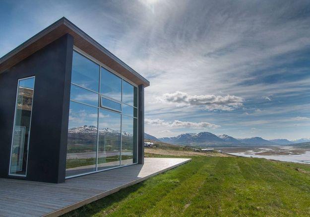 Une maison ouverte sur la nature à Akureyri (Islande)