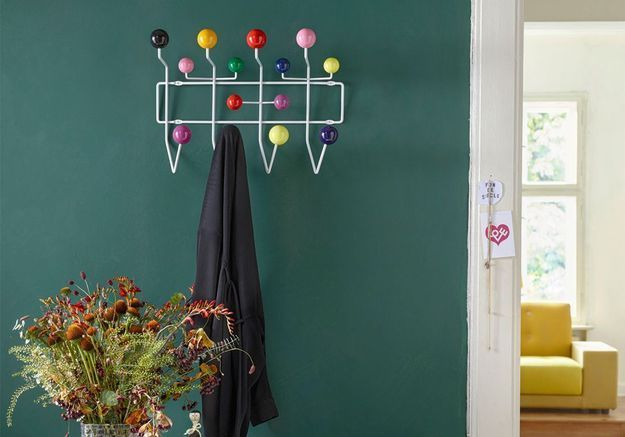 Porte-manteau Hang It All (de Charles & Ray Eames / Vitra)