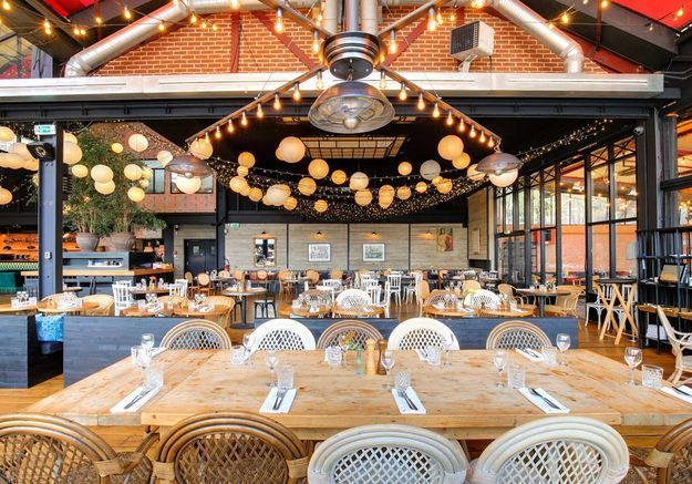 La guinguette restaurant Quai Ouest
