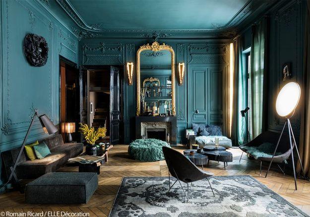 Un salon entièrement vert