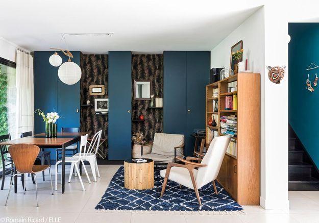 La salle à manger bleutée