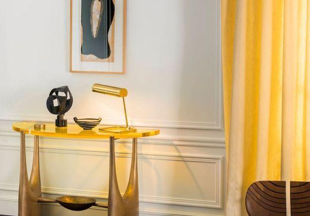Une salle à manger dorée