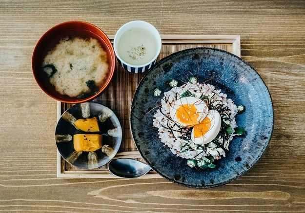 On mange quoi au petit-déjeuner au Japon ?