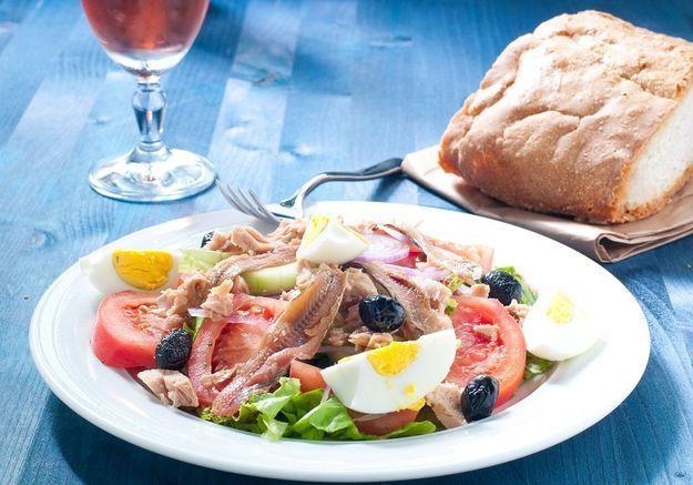 Fin du débat : découvrez la vraie recette de la salade niçoise