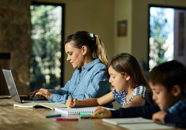 6 conseils pour allier télétravail et garde d'enfants