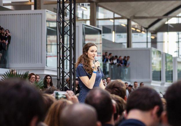 Femmes dans la tech : Roxanne Varza nous dit tout sur son nouveau programme