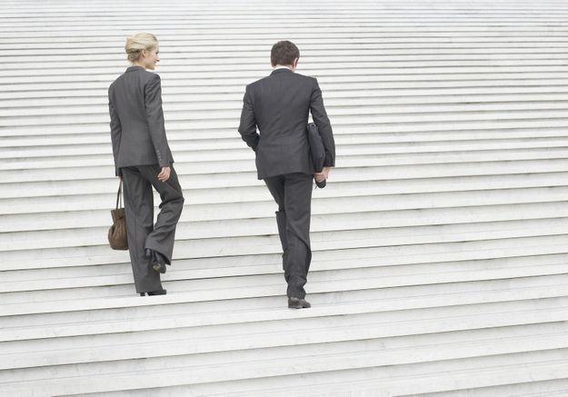 Un ministre norvégien démissionne pour favoriser la carrière de sa femme