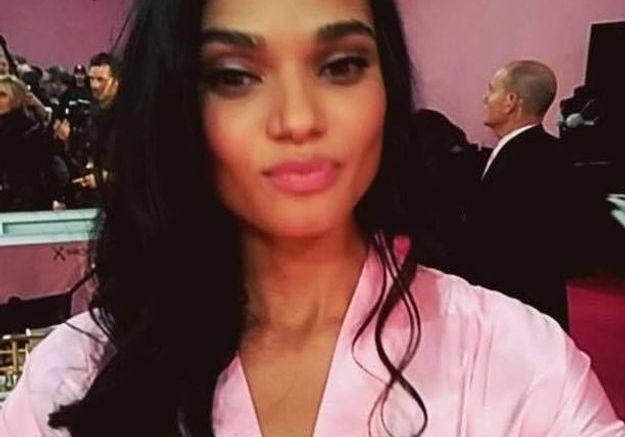 Selfie d'un mannequin Victoria's Secret