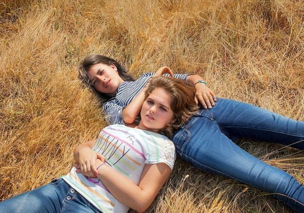 Adolescentes : le documentaire événement qui suivit deux jeunes françaises pendant 5 ans