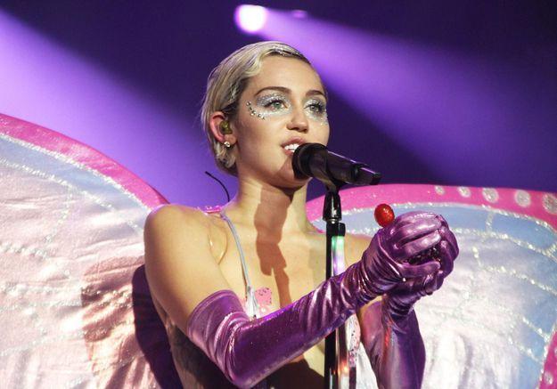 Miley Cyrus : sa chanson pour le film « Free Love » avec Ellen Page
