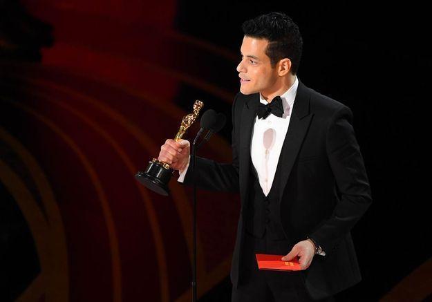 Oscars 2019 : Rami Malek chute lourdement, les ambulanciers débarquent en pleine cérémonie