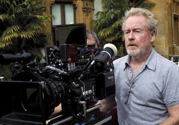 Ridley Scott prépare une série télé sur le virus Ebola