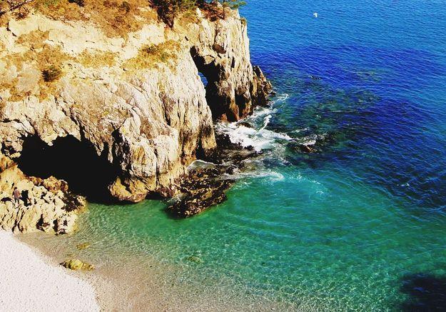 La crique de l'île Vierge en Bretagne