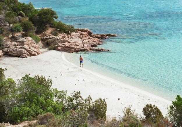 La baie de Rondinara en Corse