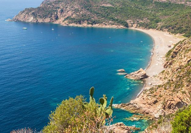 Plage d'Arone   GettyImages 614938094