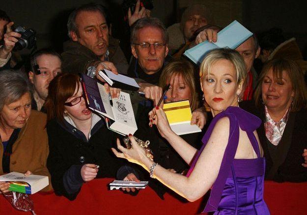 Harry Potter : les propos de JK Rowling sur les personnes transgenres jugés par les fans