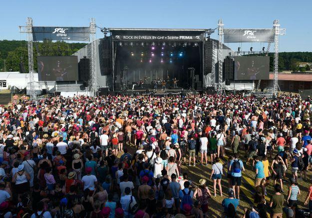 Été 2021 : les festivals autorisés mais avec des places limitées et assises