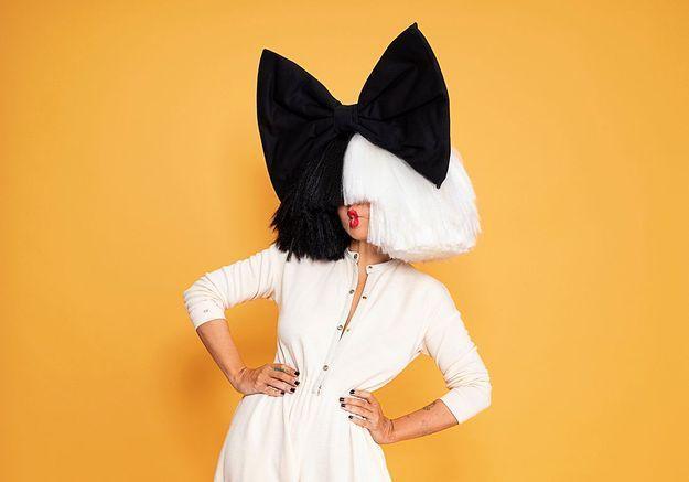 Addictions et renaissances : la pop star Sia montre enfin son vrai visage
