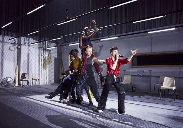 Chris(tine and the Queens) :  pourquoi il faut voir son concert pour Apple Music