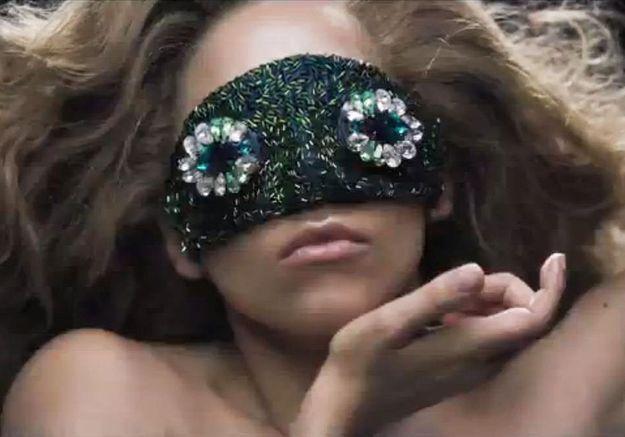 Lady Gaga : son clip « Applause » fascine le web