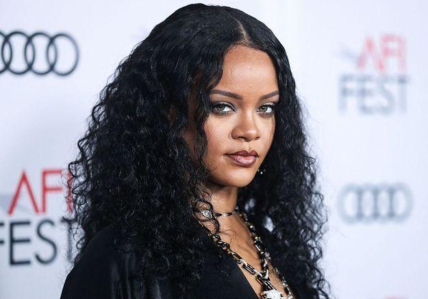 Rihanna : elle sous-entend qu'un nouveau titre arrive « bientôt »