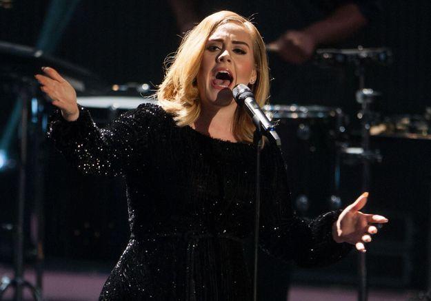 L'anti-blues du dimanche soir : Adele fait du karaoké dans une voiture