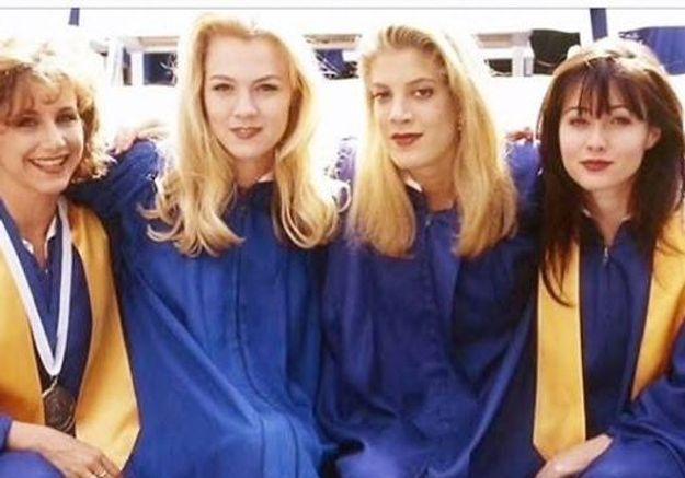 « Beverly Hills » : Tori Spelling partage une photo avant la sortie du reboot