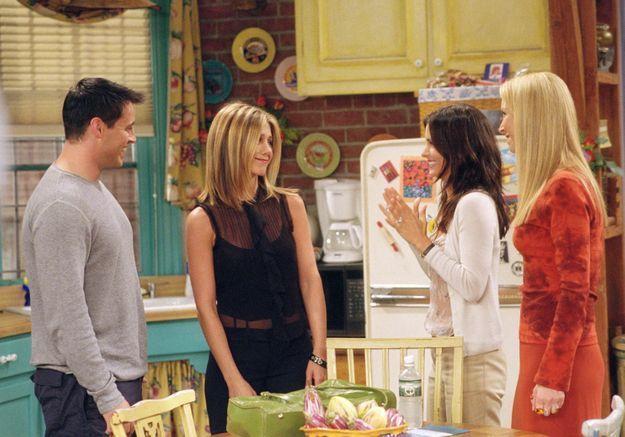 Friends : Courteney Cox évoque ses retrouvailles « émouvantes » avec le reste du casting