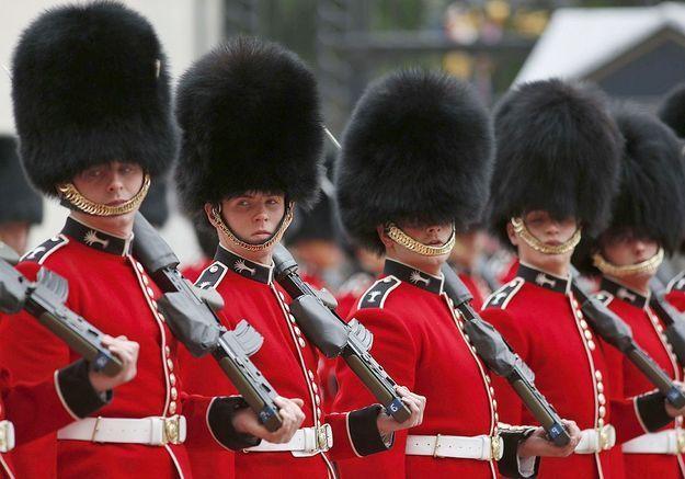 La Garde royale d'Angleterre joue le générique de « Game of Thrones »