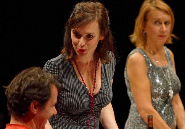 « Le dîner » : la pièce improvisée par le public